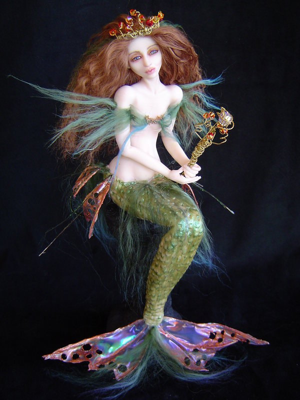 Sea_Nymph_Mermaid_by_Roxanne74.jpg